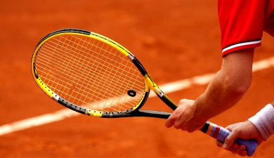 Organize a tennis tournament